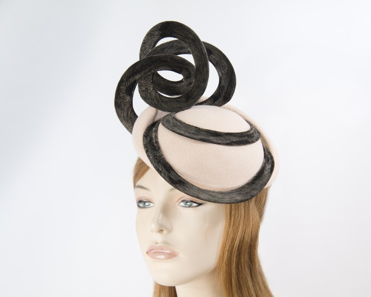 Beige autumn winter racing fascinator