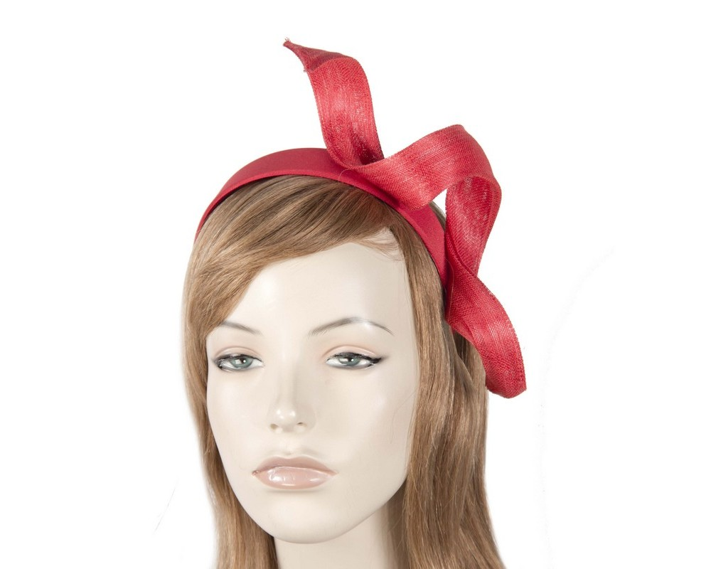 Red Fillies Collection racing fascinator