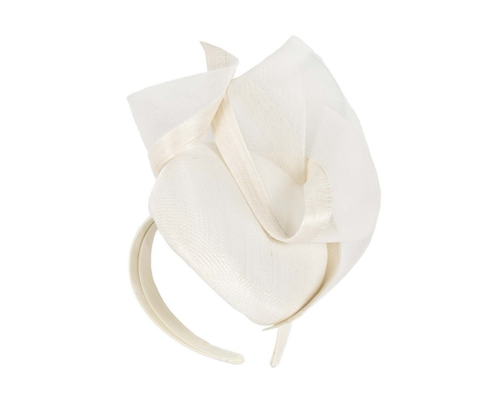 Cream racing fascinator