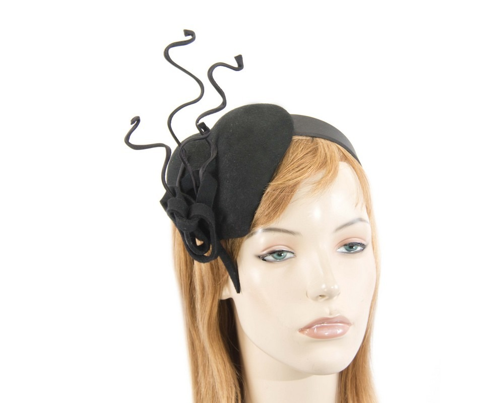 Black felt winter racing fascinator