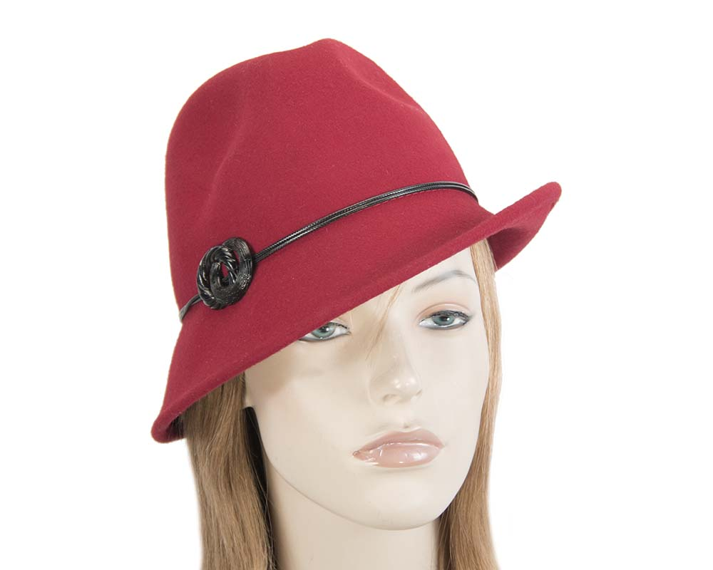 Fascinators Online - Red felt trilby hat by Max Alexander 40